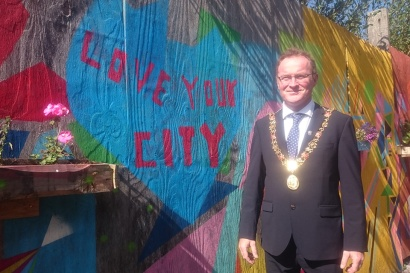 Lord Mayor Des Chaill during a tour of Coleman's Lane