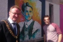 Lord Mayor Des Cahill and Alan Hurley at the Kyle St Portraits