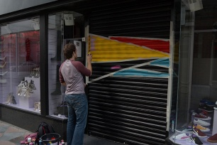 Shutter St painting on Princes St